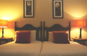 Accommodation_Memel_Hotel_Bedroom3