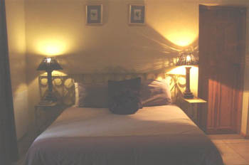 Accommodation_Memel_Hotel_Bedroom7-